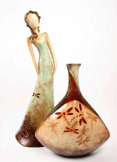 Mexicaans beeld en vaas van de wereldwinkel.