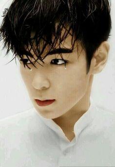 Choi Seung Hyun ( T.O.P.)