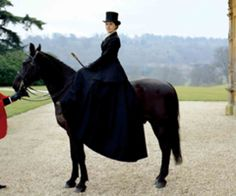 Michelle Dockery as Lady Mary Crawley on 'Downton Abbey' - set at Highclere Castle The Real Downton Abbey, Downton Abbey Fashion, Michelle Dockery, Horse Caballo, Lady Mary Crawley, Riding Habit, Side Saddle, Fox Hunting, Equestrian Style