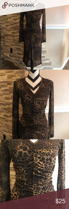 Leopard dress Good condition, stretchy. Karen Kane Dresses Midi