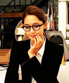 SNSD Yoona glasses