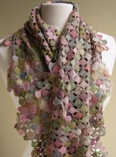 Sophie Digard Scarf - Is it cool or frumpy? I keep going back and forth. Poncho Crochet, Freeform Crochet, Crochet Art, Crochet Scarves, Crochet Motif, Crochet Clothes, Crochet Patterns, Crochet Capas, Beautiful Crochet
