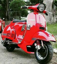 #inlove Best Scooter, Scooter Girl, Lambretta Scooter, Vespa Scooters, Vespa Px 150, Vespa Sprint, Classic Vespa, Power Bike, Motor Scooters