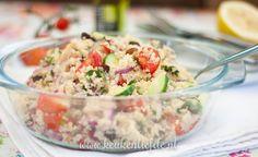 Om deze couscoussalade te bereiden heb je enkel een waterkoker of steelpannetje nodig! Hij is gemaakt in een handomdraai. Heerlijk om te serveren met worst- Pasta Salad, Quinoa, Barbecue, Ham, Potato Salad, Salads, Good Food, Lunch, Healthy Recipes