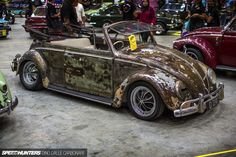A Ratted-Out, Drop-Top Bug - ArtOfSpeed15-73