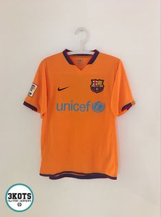 c23f35165c4 BARCELONA FC 2006 08 Home Football Shirt (S) Soccer Jersey NIKE Vintage  Maglia  NIKE  Jerseys  FCBarcelona  BarcelonaFC  Soccerjerseys   Footballshirts