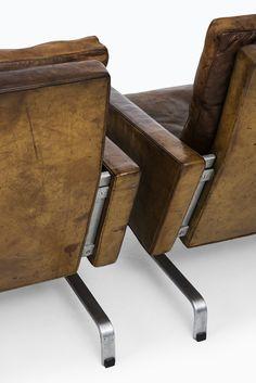 Poul Kjærholm easy chairs model PK-31/1 at Studio Schalling