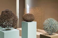 harry bertoia / organic sculptures in bronze Organic Sculpture, Modern Sculpture, Pattern Art, Color Patterns, New York Galleries, Harry Bertoia, Richard Wright, Wood Tree, Land Art