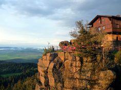 18 niezwykłych miejsc - Karkonosze, Góry Sowie i Stołowe, Izery i Góry Kaczawskie.