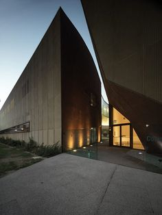 mdu architects new headquarters of the chamber of commerce of prato