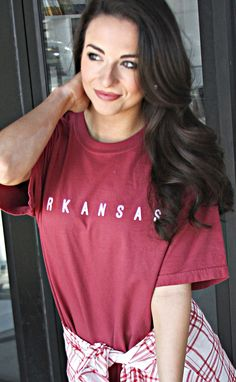charlie southern: everyday spaced state tee - arkansas [red]
