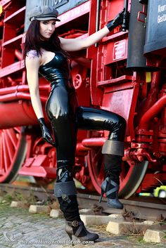 HAHA!  I finally got the chance to wear my cool and beloved hat for a latex photoshoot - yes! The 'Sexy Train Girl' gallery just went online on my website www.susanwaylandclub.com - so have fun and enjoy the new pics!  #steam #train #red #boots #susanwayland