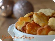 J'adore la fleur d'oranger, associée à l'amande cela me rappelle les pâtisseries orientales. J'avais donc très envie de tester ces bredeles à la fleur d'oranger. Ils s…