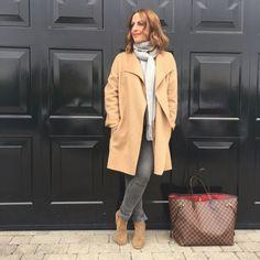 Camel coat chic