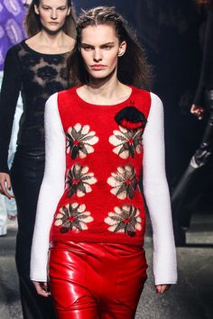 Canadian artistic director Geraldo da Conceicao for Sonia Rykiel Fall 2013 Ready-to-Wear Collection Slideshow on Style.com