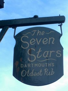 The Seven Stars Pub, 8 Smith Street, #Dartmouth. Offering a warm, friendly atmosphere. www.bythedart.tv