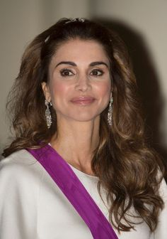 Pin for Later: The Daring Accessory Power Women Love to Wear Queen Rania