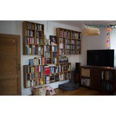 Dużo się tego zebrało? Nie pozbywaj się swoich ukochanych książek i płyt! Przygotuj dla nich odpowiednie miejsce! Z chęcią doradzimy. :)