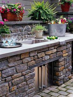 pretty+outdoor+space+living+Better+Homes.jpg.jpg (550×733)