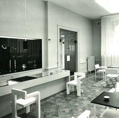 Steltman chair Design by Gerrit Rietveld for Steltman Jewellery Den Haag 1963 Interior Architecture, Interior And Exterior, Interior Design, Chair Design, Furniture Design, Bauhaus Design, Tubular Steel, Steel Frame, Vintage Designs