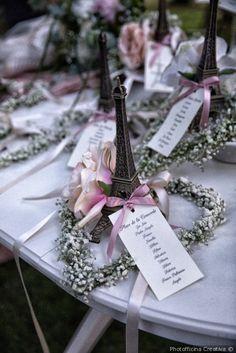 Tableau de mariage con tema Parigi e l'amore per matrimonio
