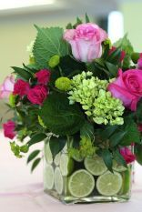 Bouquet is usually given as a gift mark for someone they love. Starting from fiance, birthday to wedding ceremony. Bouquet is usually made of the arrangement of several types of beautiful flowers s… Design Floral, Deco Floral, Arte Floral, Floral Theme, Fresh Flowers, Spring Flowers, Beautiful Flowers, Flowers Vase, Diy Flowers