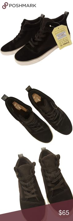 TOMS Camila High Top Black Sneakers Size 9 NWT Women's TOMS Camila High Black Canvas Suede sneakers Comfortable, durable, featuring weather-resistant suede and canvas, comfort insole, breathable textile lining, and padded collar for all-day support Lace-up front with convenient rear pull tab EVA molded outsole and TOMS heel patch Color: Jet black with textured pattern and black laces Size: US 9, UK 7, EUR 40, 26 cm Condition: New with tags, box not included, never worn Toms Shoes Sneakers