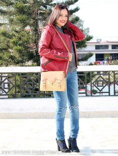 First burgundy outfit of this winter #burgundyleatherjacket #fashionblogger