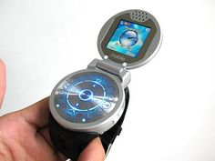 A cell phone watch - MP digital camera, bluetooth, videos & touchscreen. Iphone 8 Plus, Iphone 7, Apple Iphone, Cool Technology, Wearable Technology, Technology Gadgets, Hologram Technology, Futuristic Technology, Medical Technology