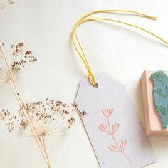 Greetings from the kitchen | culinary herbs | ecofriendly rubber stamps with dill | Grüße aus der Küche | Küchenkräuter | Umweltfreundliche Stempel mit Dill-Zweig | STUDIO KARAMELO