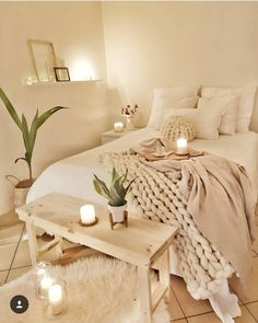 Top Lovely Fall Bedroom Decor Ideas Perfect For This Autumn Guide! There are a lot of small bedroom tips that you can use if you need… Continue Reading → Cute Bedroom Ideas, Room Ideas Bedroom, Home Bedroom, Fall Bedroom, Bed Room, Bedroom Inspo, Boho Chic Bedroom, Gothic Bedroom, Apartment Bedroom Decor