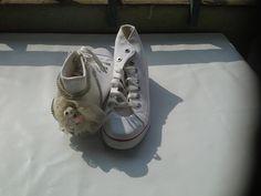 customize diy handmade shoes bear converse necklace you can order from www.instagram.com... hepgiyim@gmail.com www.hep-giyim.com whatsapp +90 536 709 96 64