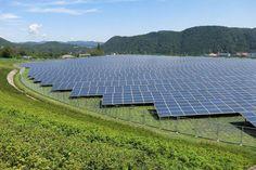 Une entreprise japonaise vient d'inventer les panneaux solaires les plus performants du monde | Daily Geek Show