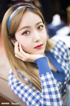 Photo album containing 7 pictures of SinB South Korean Girls, Korean Girl Groups, Pop Kpop, Sinb Gfriend, Make A Wish, How To Make, Cloud Dancer, Fandom, G Friend