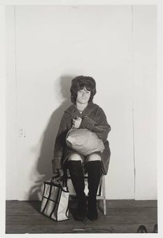 Paintings by Serie: Bus Riders - Cindy Sherman Cindy Sherman Film Stills, Cindy Sherman Art, Cindy Sherman Photography, Untitled Film Stills, Online Katalog, Teenage Girl Photography, Team Pictures, Feminist Art, Art Party