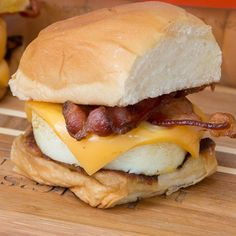 Planning a brunch party? Then you must serve up these Griddle Breakfast Sandwiches on KING'S HAWAIIAN's f...