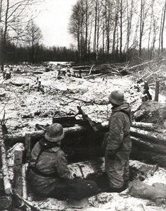 German MG-42 machine gun positions near Stalingrad 1942