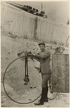 Vintage Photos of Early 1900s Australian Bike Culture