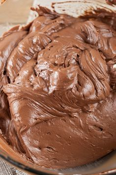 Creamy Chocolate Frosting Recipe - a light and fluffy no cook frosting with only 5 ingredients and done in 15 minutes!