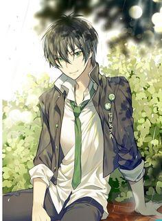 Black hair, green eyes