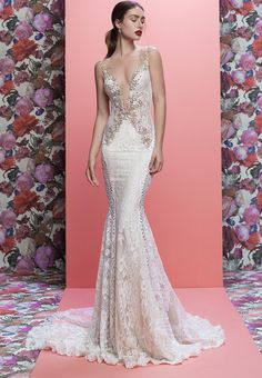 12589ab018 Glam Wedding Dresses From Galia Lahav And The Cakes That Match Them