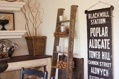 escalera en el comedor antigua casa pintada