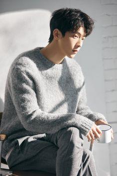 grey sweater and grey plaid pants. Nam Joo Hyuk Tumblr, Kim Joo Hyuk, Nam Joo Hyuk Cute, Jong Hyuk, Lee Jong Suk, Nam Joo Hyuk Wallpaper, Nam Joo Hyuk Lockscreen, Park Bogum, Joon Hyung