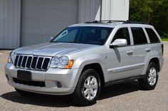 Car brand auctioned:Jeep Grand Cherokee LIMITED 4WD 2008 Car model jeep grand cherokee limited 4 x 4 5.7 l hemi wrangler wk wk 1 low miles reserve