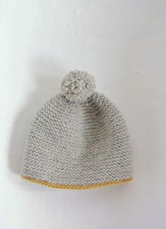 beanie - this pattern's not in English but I'm gonna find one that is and make this!!