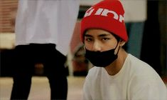 """bwipsul: """""""" Countdown to Taehyung's birthday : D-22 ↳ abc's of Taehyung : E is for Eyebrows """" """""""