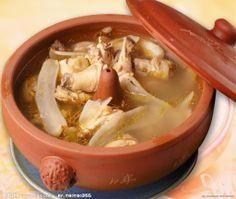 汽锅鸡 - yunnan-style steamed chicken