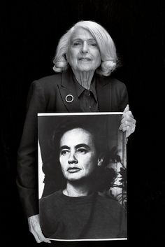 Edie Windsor with a picture of her late wife Thea