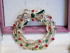 Vintage Gerry's Christmas Holiday Wreath Metallic Enamel Holly Bow Brooch Pin #Gerrys #GerrysChristmasWreathwithBowBroochorPin