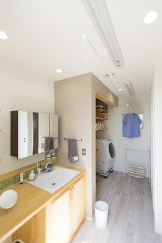 こんにちは。住宅デザイナーのタブチキヨシです。今回は、「洗面洗濯室」を紹介します。あまり耳慣れない名前だと思いますが、「洗面洗濯室」は筆者が間取りを決める打ち合わせの中でかなり力を入れて提案している空間です。